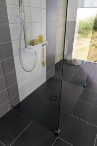 Conoflat: Durch vielfältige Varianten der Allrounder im Bad